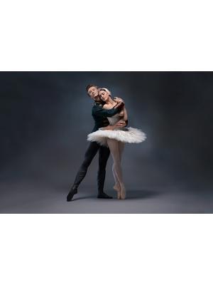 英国ロイヤル・オペラ・ハウス シネマシーズン 2017/18 ロイヤル・オペラ「白鳥の湖」
